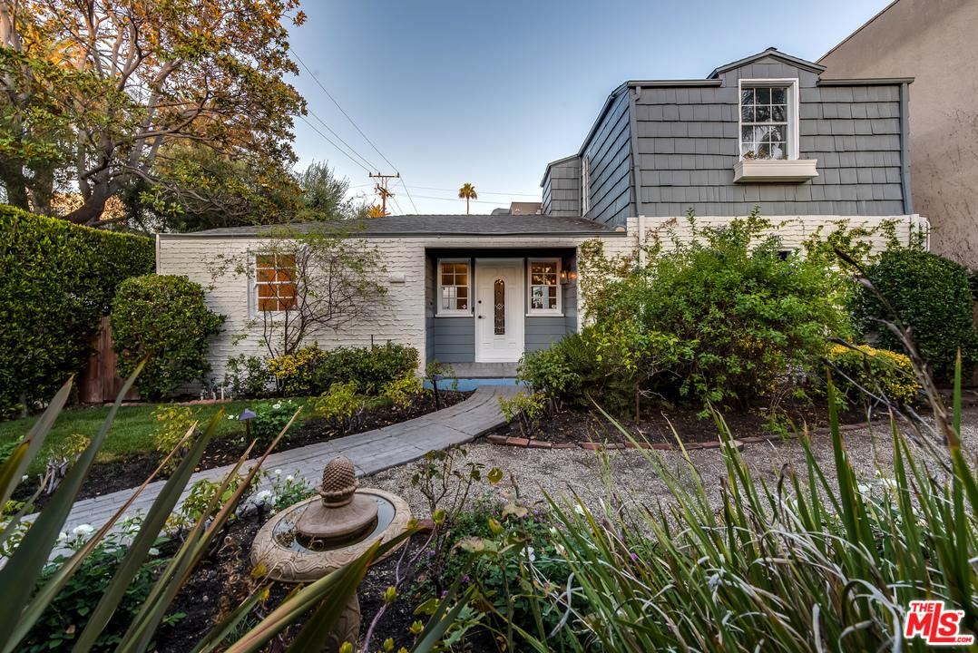 Photo of 560 North CROFT Avenue  West Hollywood  CA