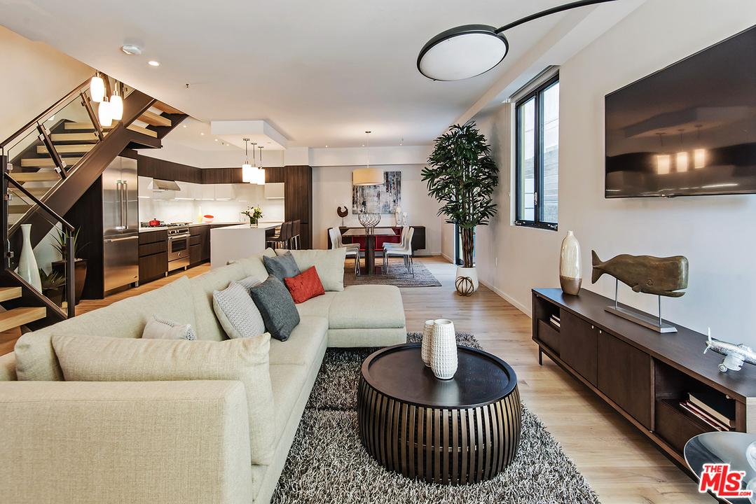 321 South ELM Drive 110, Beverly Hills, California