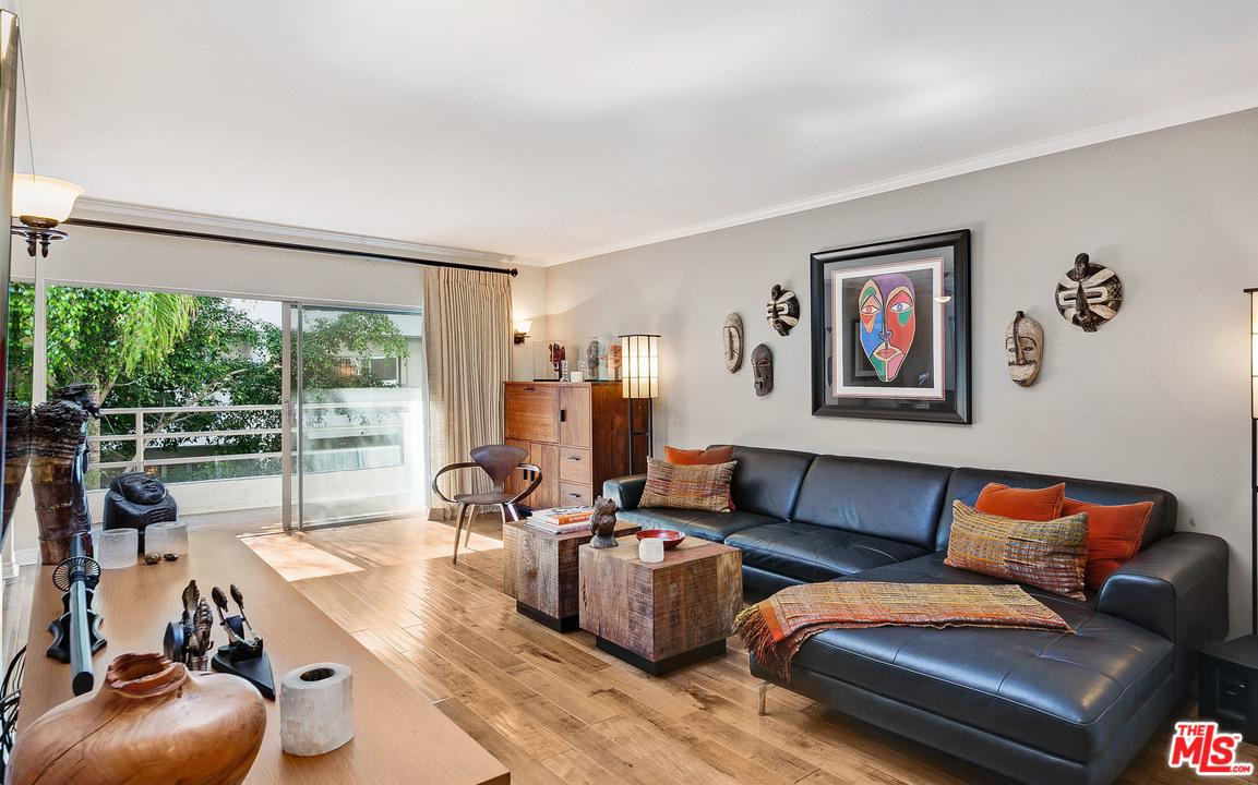 Photo of 1131  ALTA LOMA Road  West Hollywood  CA