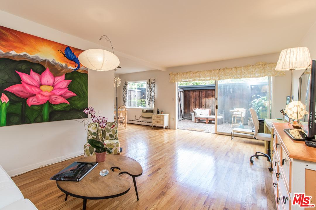 11767 West SUNSET 105, Brentwood Los Angeles, California