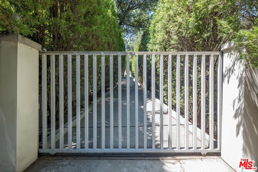 Architectural, Single Family - Studio City, CA (photo 3)