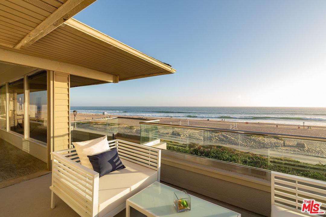2722  The Strand Manhattan Beach, CA 90266