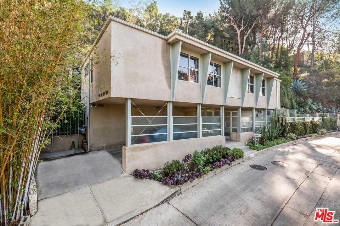 9421  LLOYDCREST Drive, Beverly Hills PO in Los Angeles County, CA 90210 Home for Sale