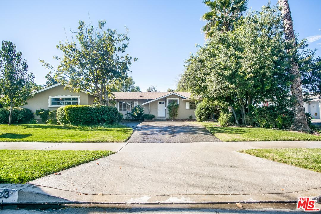 7923  MOORCROFT Avenue, Canoga Park in Los Angeles County, CA 91304 Home for Sale