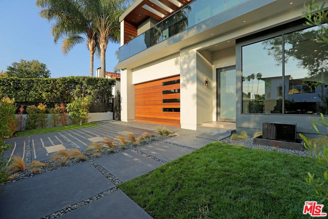Photo 2 of 424 North FLORES Street Los Angeles (City) CA