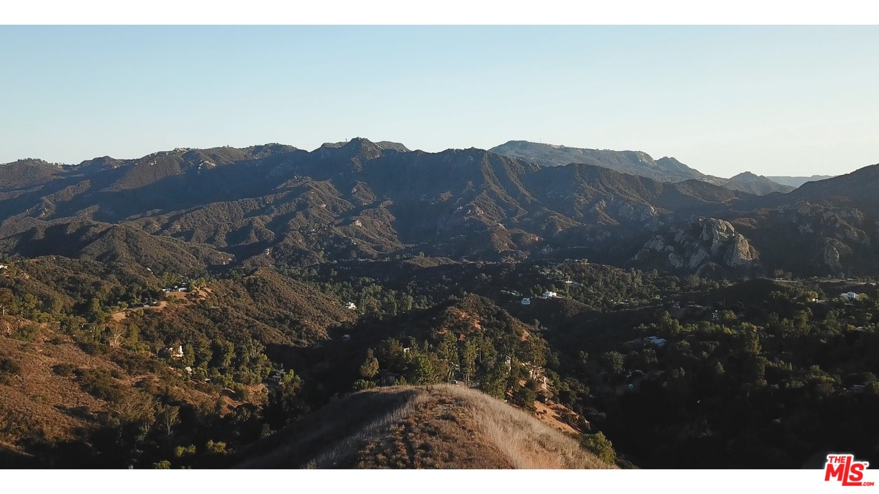 22800 PORTAGE CIRCLE Drive, one of homes for sale in Topanga