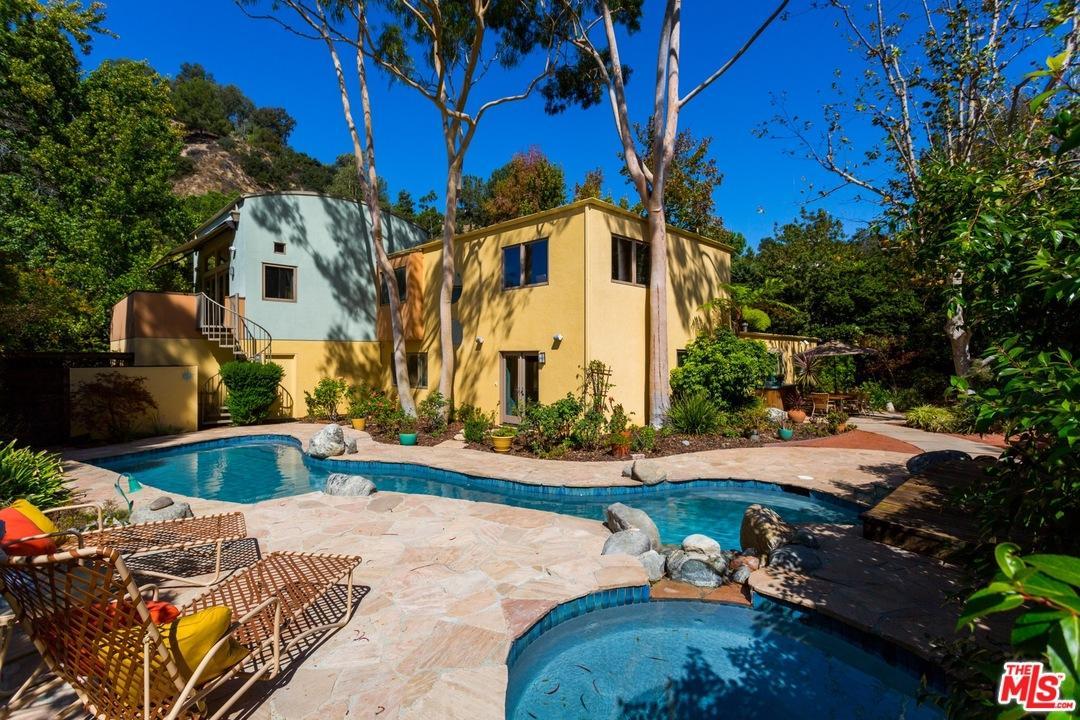 9772  BLANTYRE Drive, Beverly Hills, California