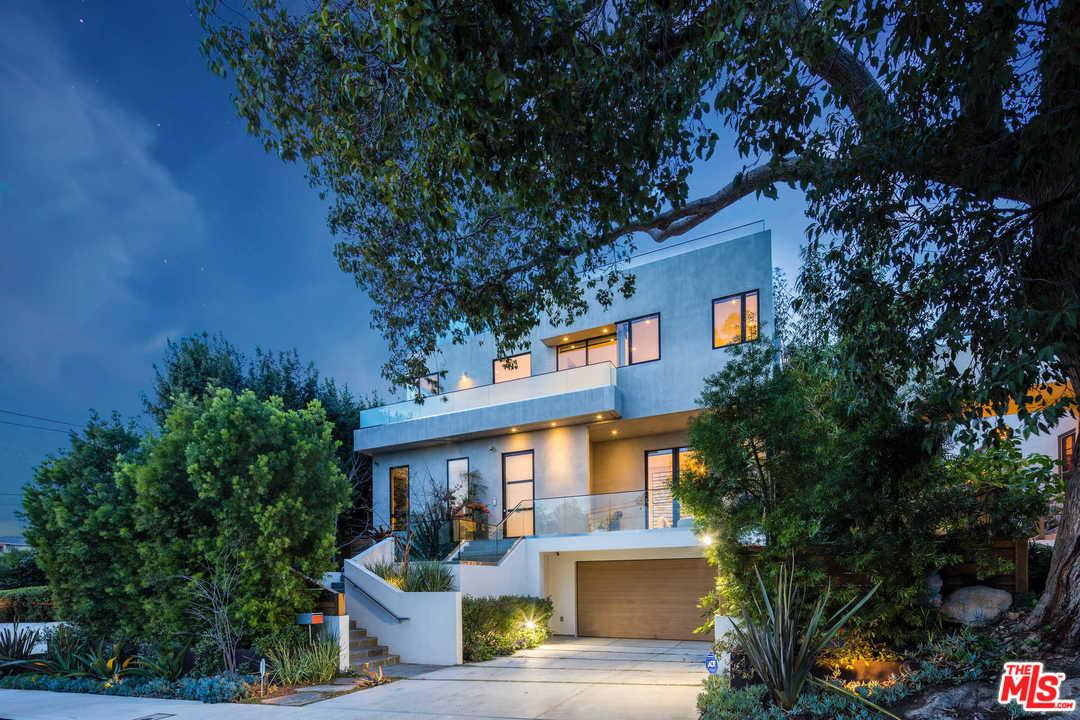 14635 Whitfield Avenue Pacific Palisades, CA 90272