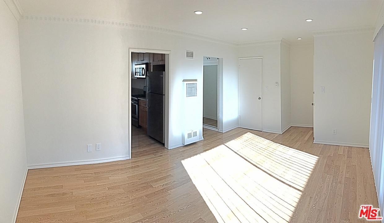 Condominium, Contemporary - West Hollywood, CA (photo 1)