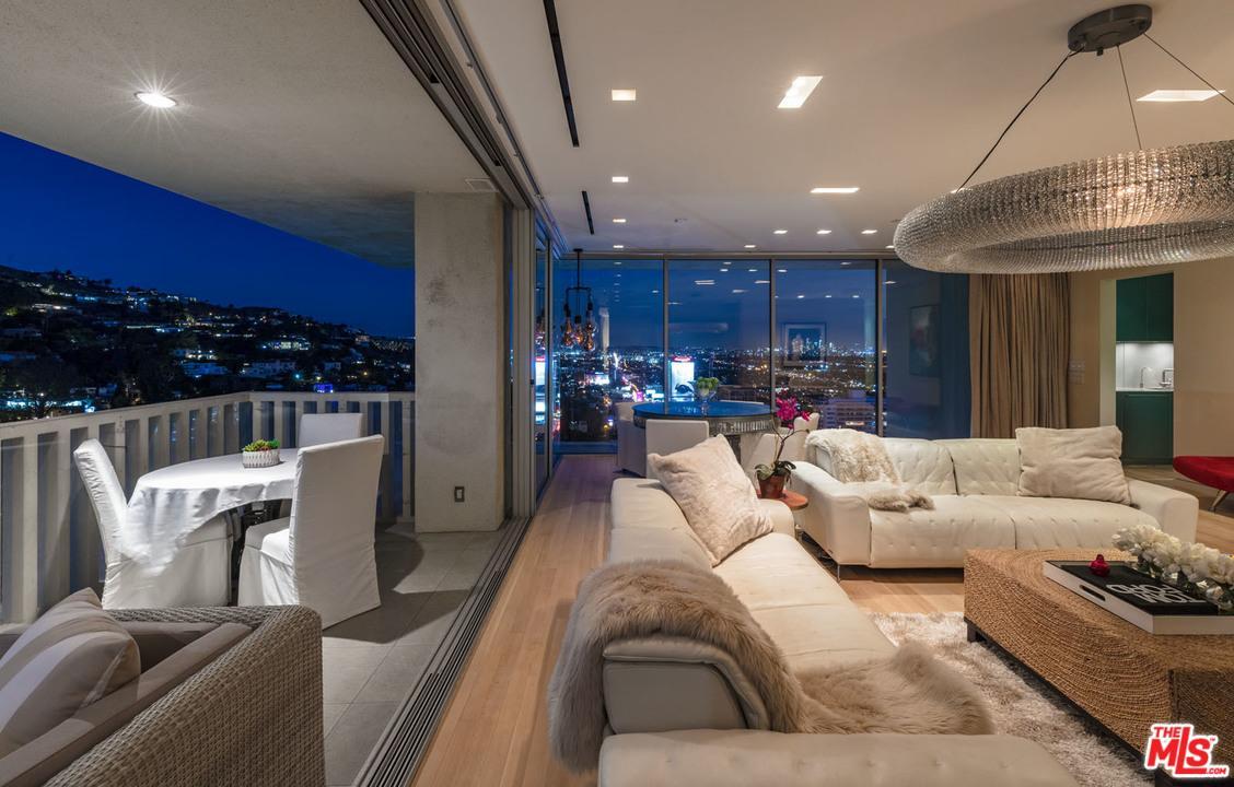 Condominium, Contemporary,High or Mid-Rise Condo - West Hollywood, CA (photo 3)