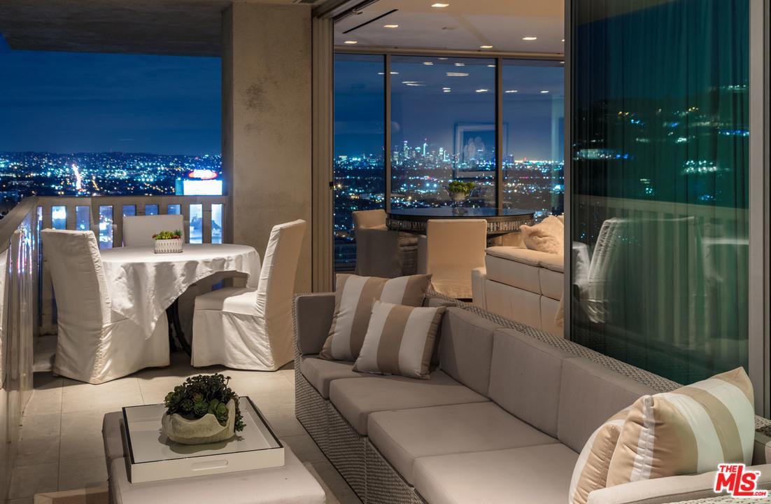 Condominium, Contemporary,High or Mid-Rise Condo - West Hollywood, CA (photo 4)
