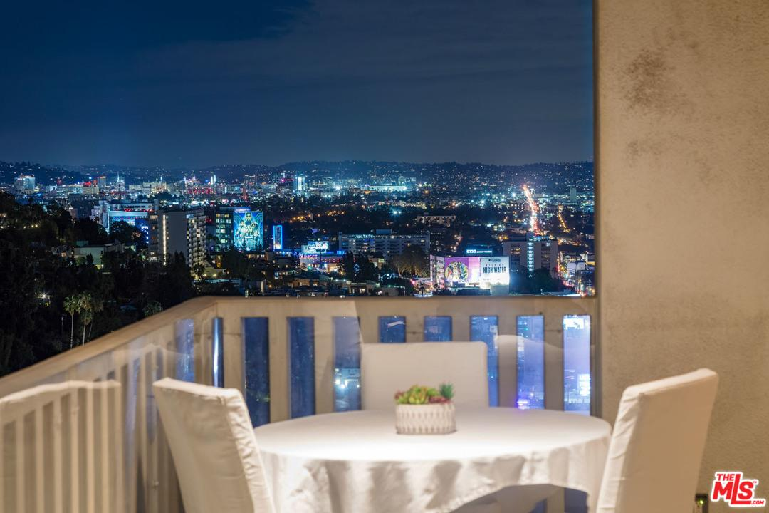 Condominium, Contemporary,High or Mid-Rise Condo - West Hollywood, CA (photo 5)