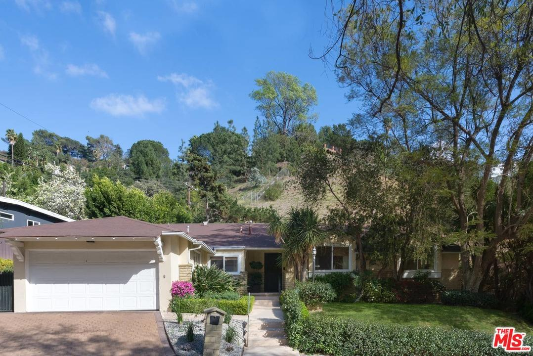 1632  SAN YSIDRO Drive, Beverly Hills, California