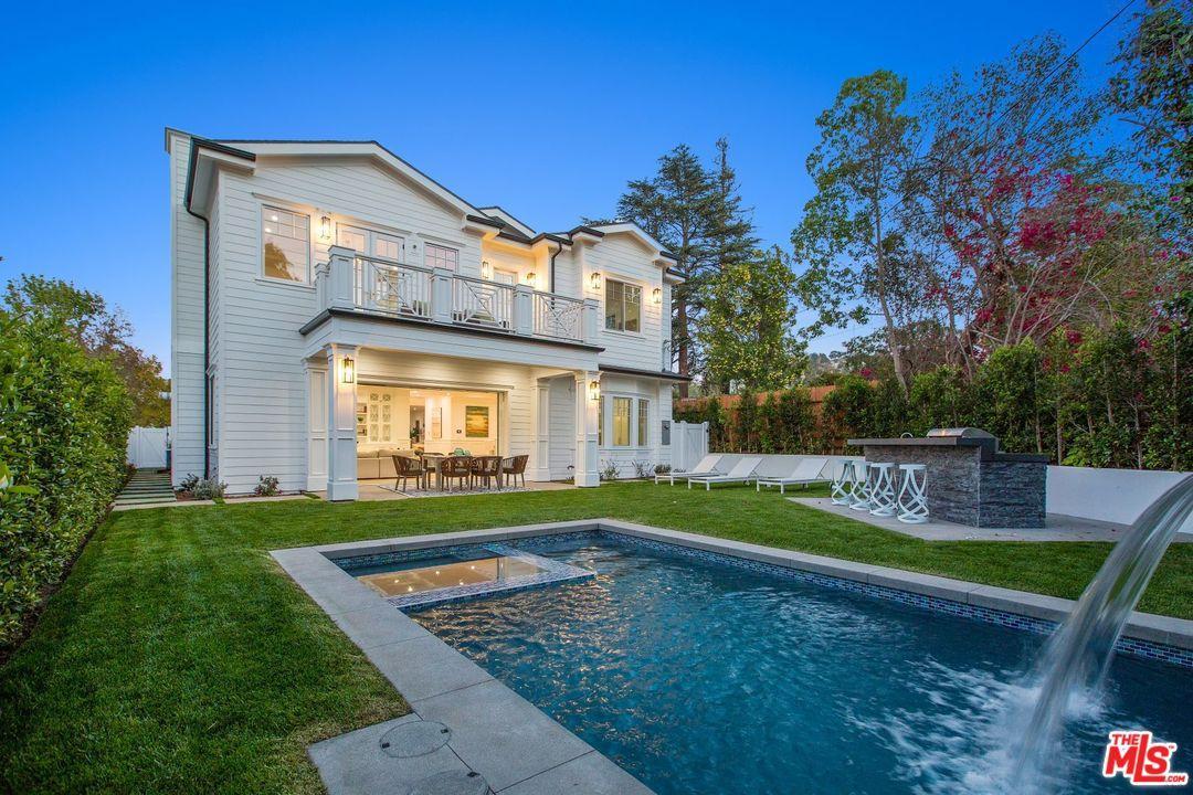 4169  Hazeltine Avenue Sherman Oaks, CA 91423