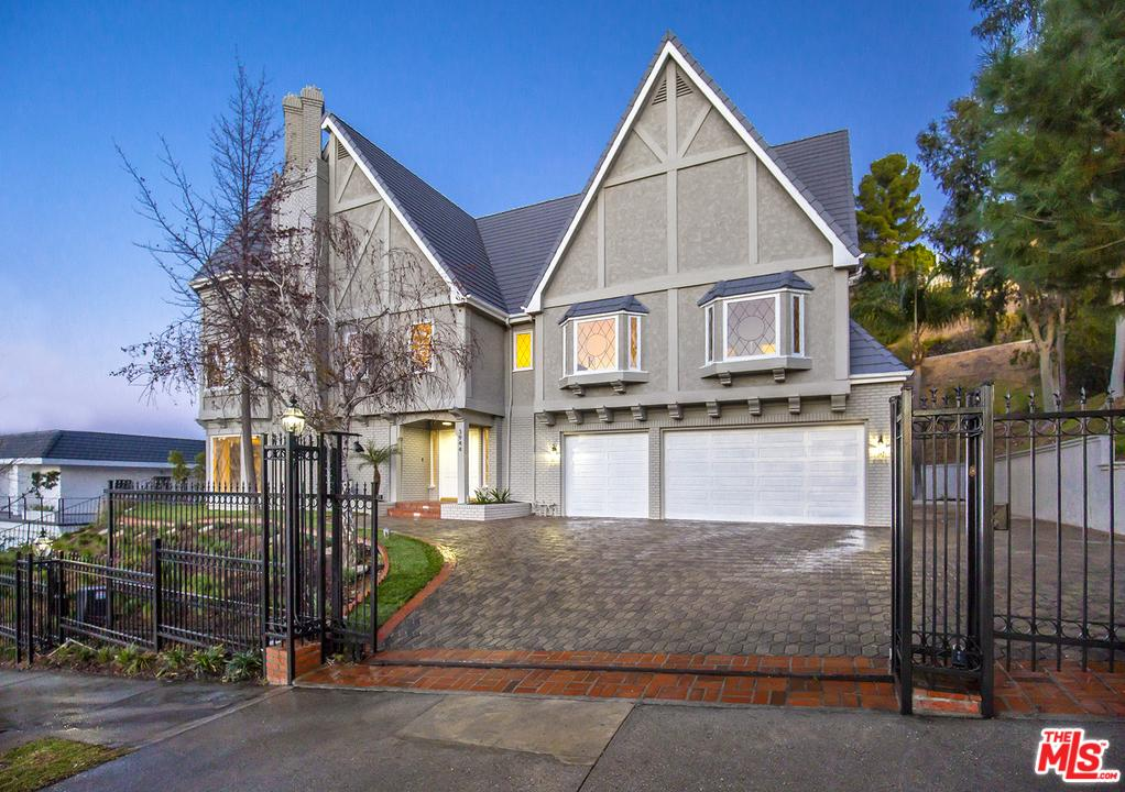 Tudor, Single Family - Encino, CA (photo 1)