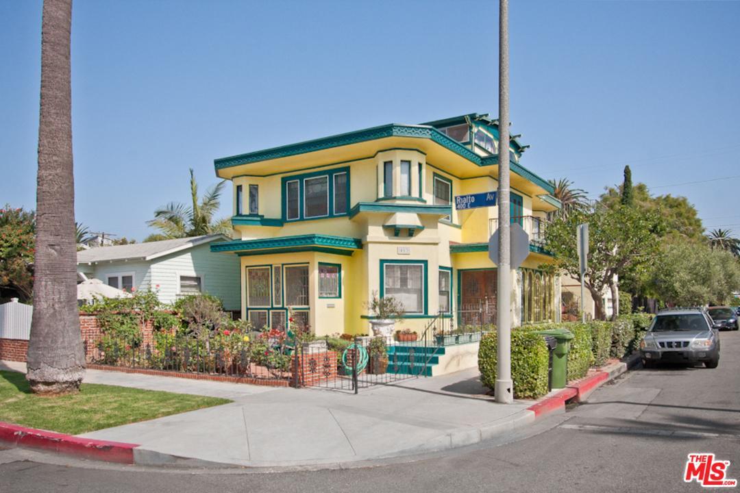 453  Rialto Avenue Venice, CA 90291