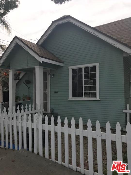 1341 North Fries Avenue Wilmington, CA 90744