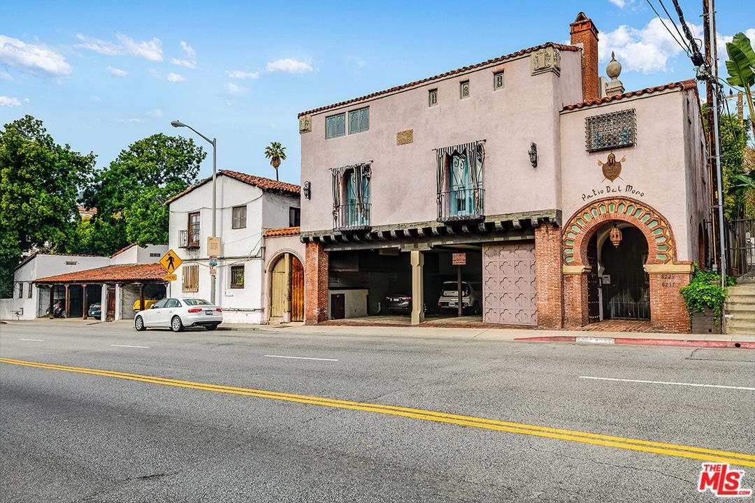 8225 Fountain Avenue West Hollywood, CA 90046