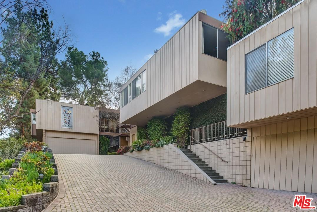 1131 TOWER Road, Beverly Hills in Los Angeles County, CA 90210 Home for Sale