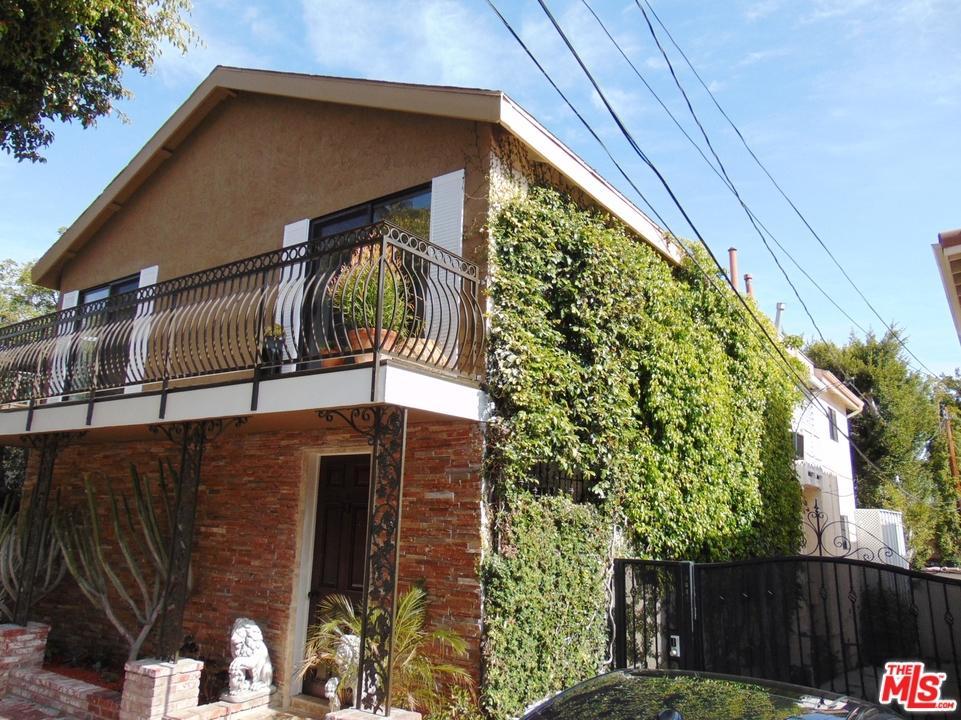 9040  Phyllis Avenue West Hollywood, CA 90069