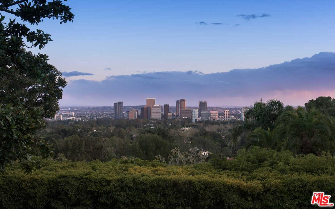 825  NIMES Place, Bel Air in Los Angeles County, CA 90077 Home for Sale