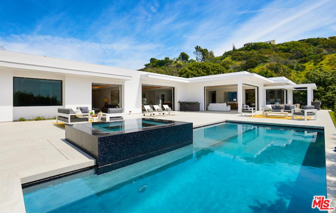 1041 North HILLCREST Road, Beverly Hills, California