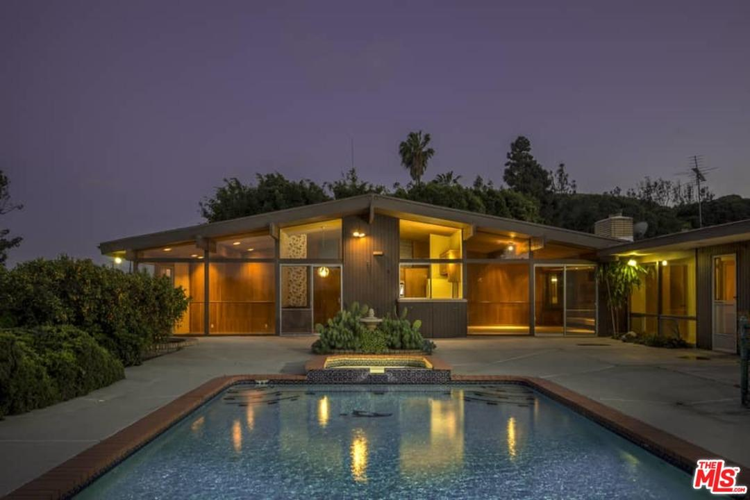 5965  Wrightcrest Drive Culver City, CA 90232