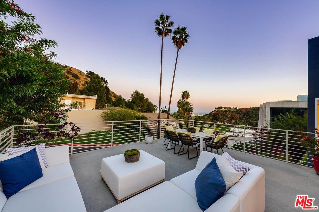 9911  ANTHONY Place, Beverly Hills, California