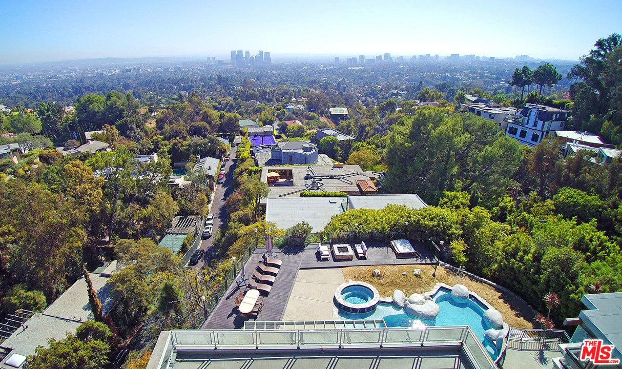 1426 HARRIDGE, one of homes for sale in Beverly Hills
