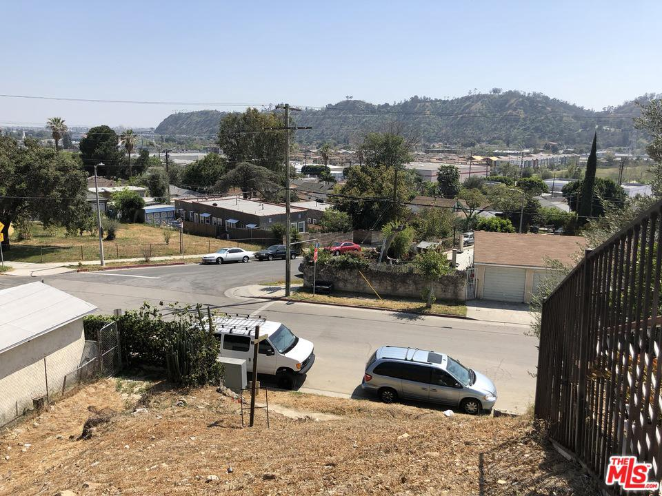 1707 Isabel Street Los Angeles, CA 90065