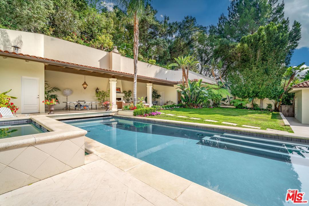 2620 HUTTON Drive, Beverly Hills, California