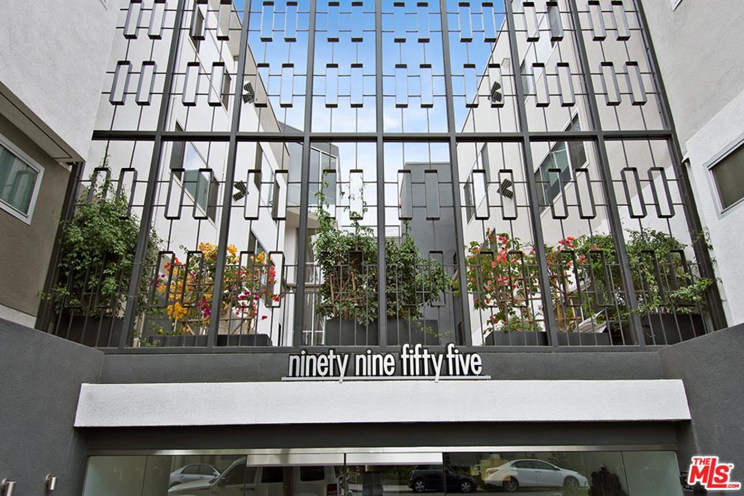 Condominium, Low Rise,Contemporary - Beverly Hills, CA (photo 2)