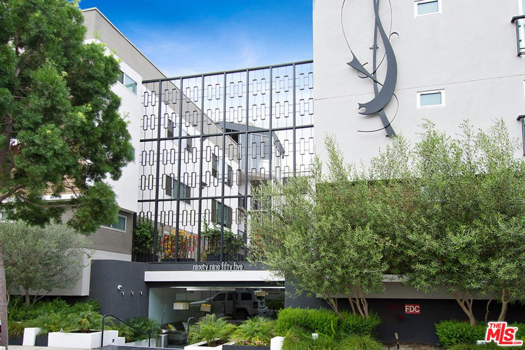 Condominium, Low Rise,Modern - Beverly Hills, CA (photo 3)
