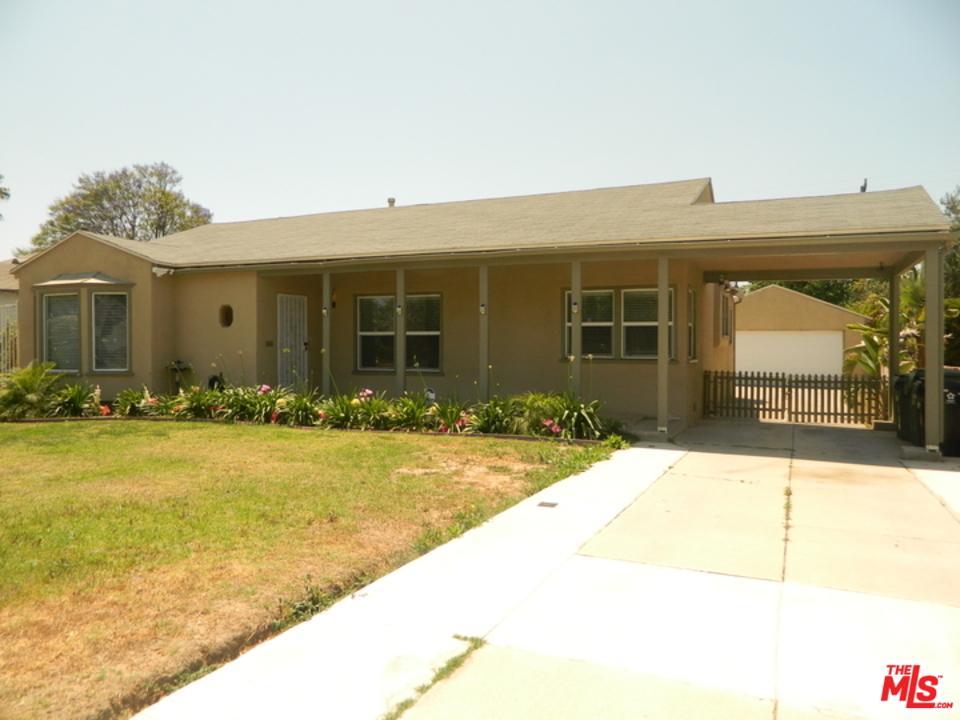 9123 South 3rd Avenue Inglewood, CA 90305