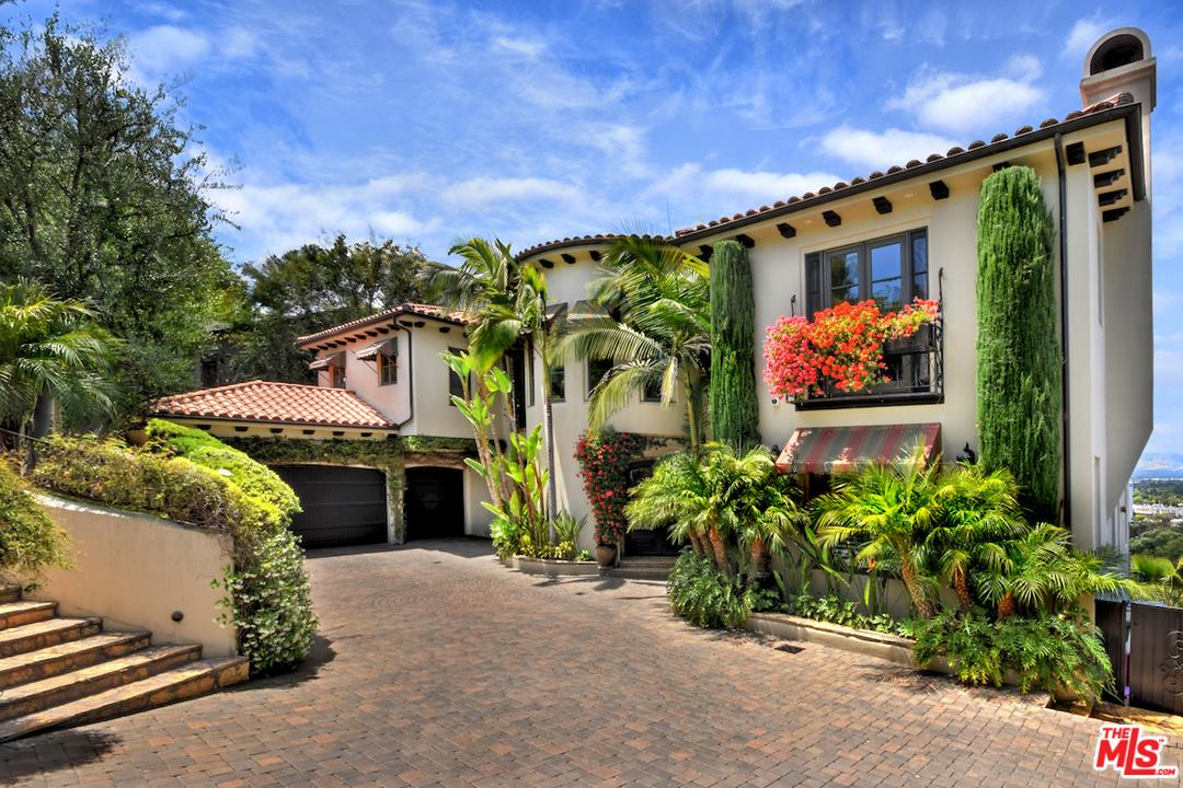 14633 ROUND VALLEY Drive, Sherman Oaks, California