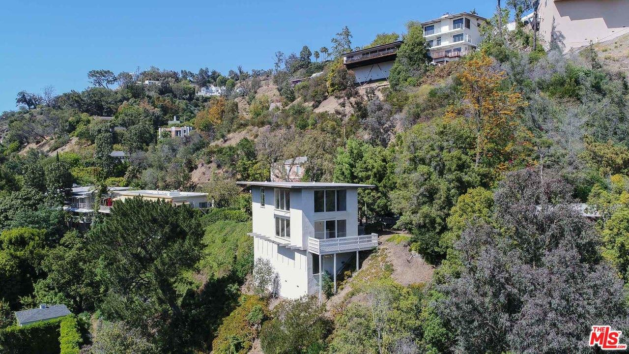 1311 BRAERIDGE Drive, Beverly Hills in Los Angeles County, CA 90210 Home for Sale