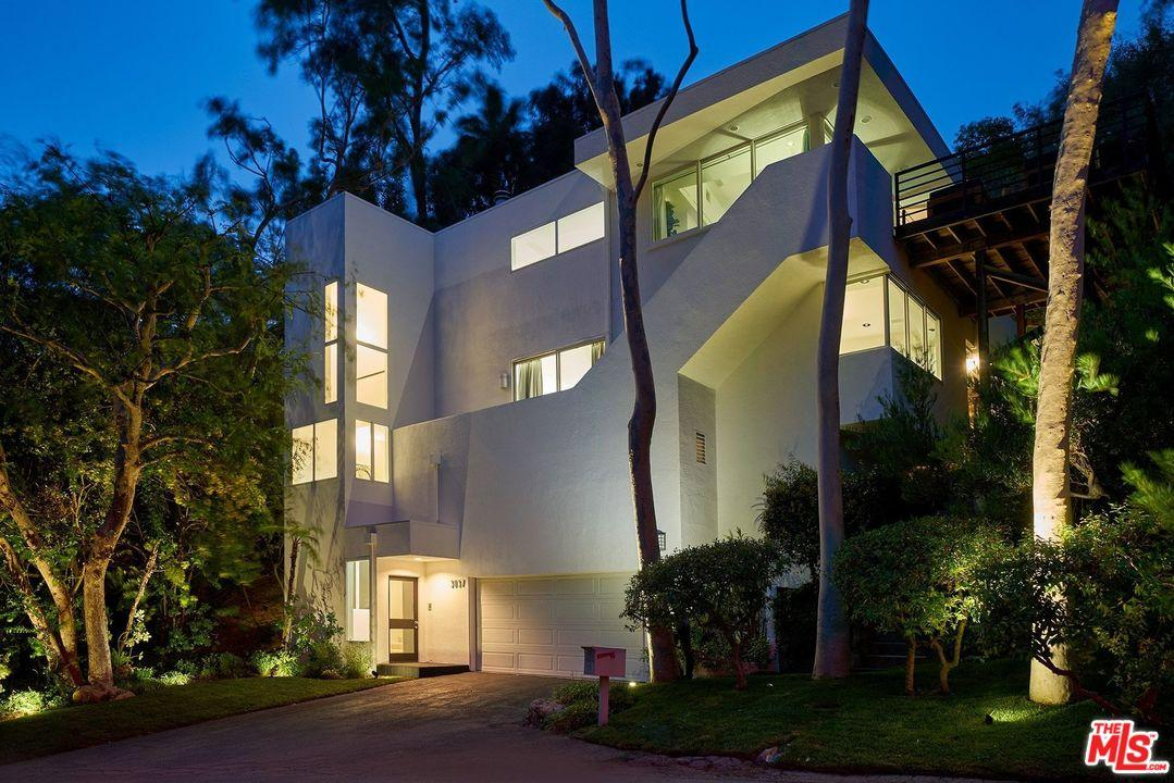 3037  FRANKLIN CANYON Drive, Beverly Hills, California