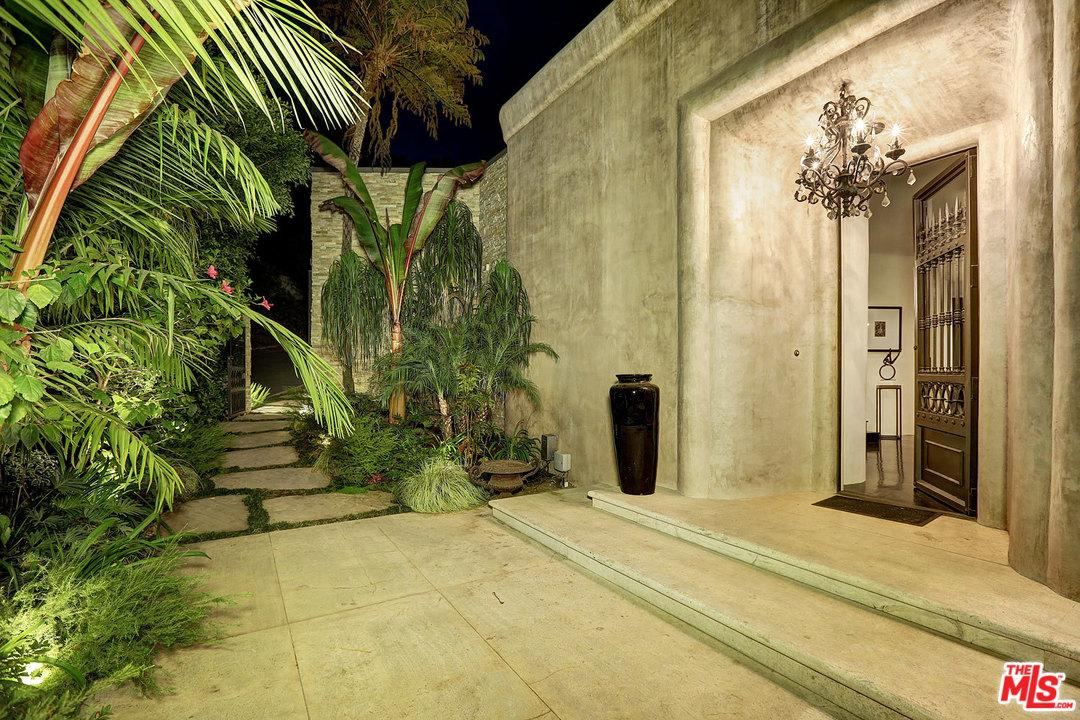 9446 BEVERLY CREST Drive, Beverly Hills, California