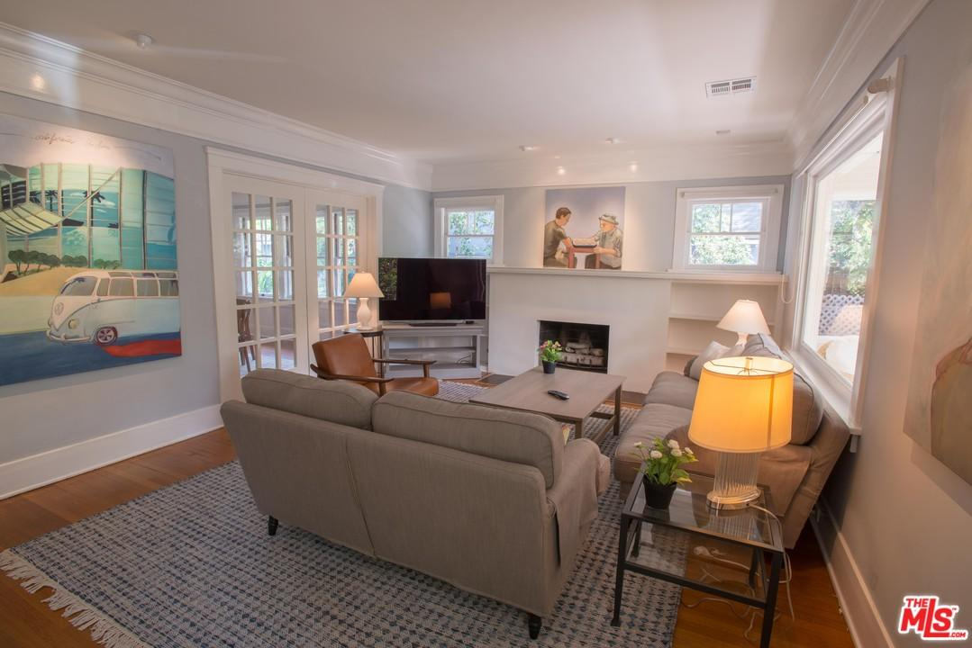 Bungalow, Single Family - West Hollywood, CA (photo 5)