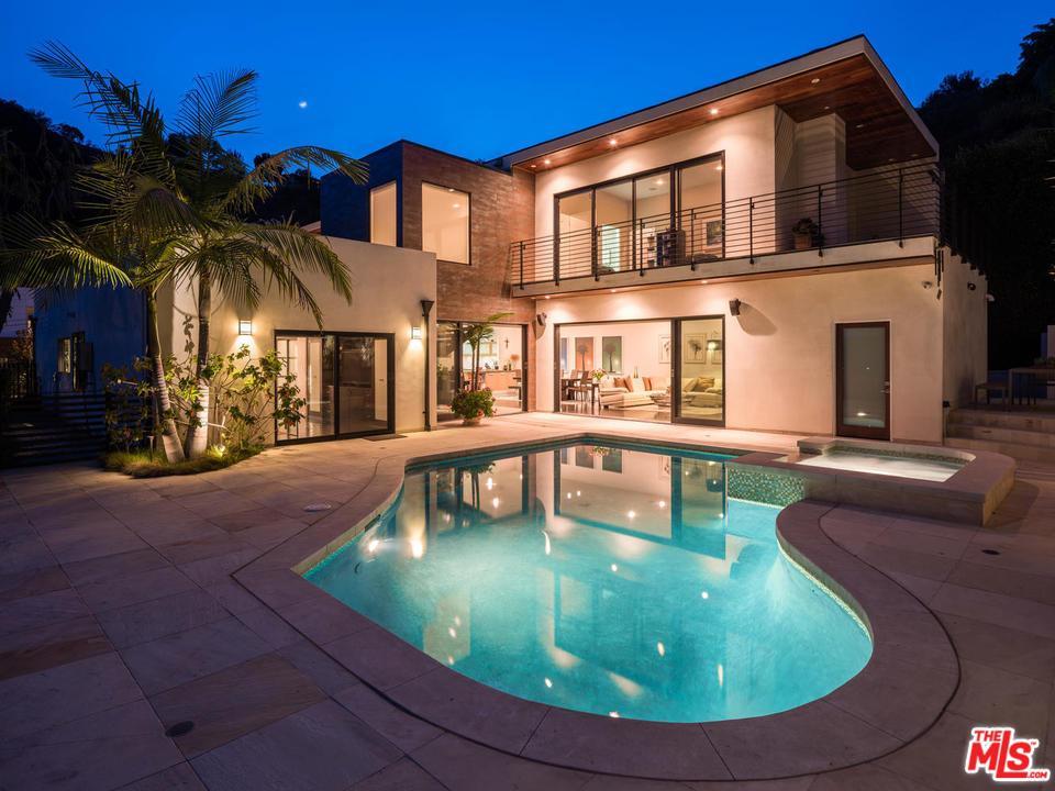 2270  BETTY Lane, Beverly Hills, California