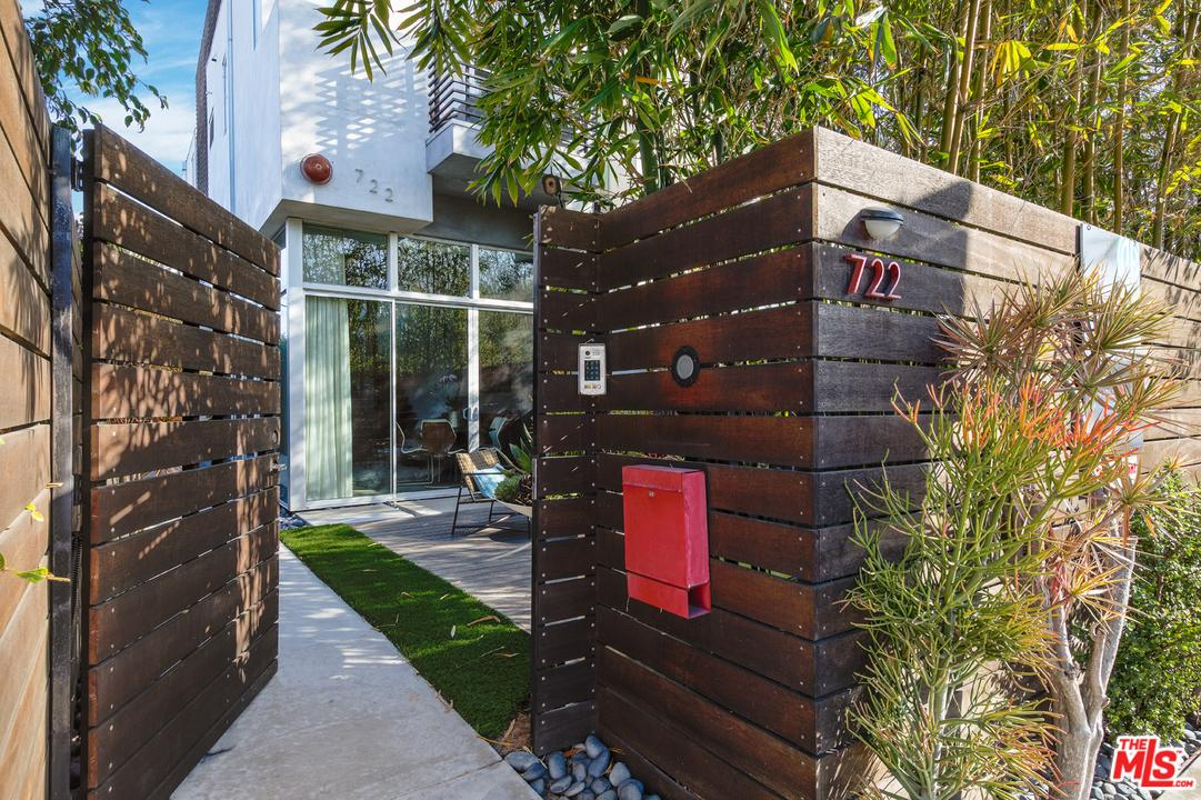 722  Brooks Avenue Venice, CA 90291