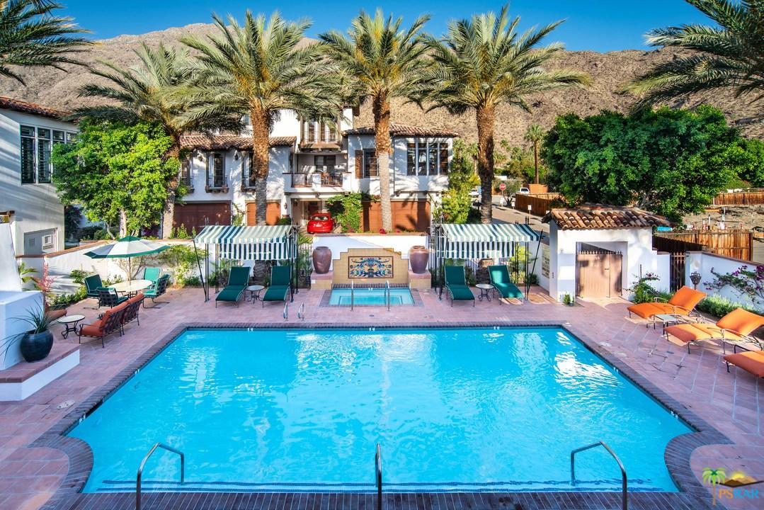 235 Calle La Soledad Palm Springs, CA 92262