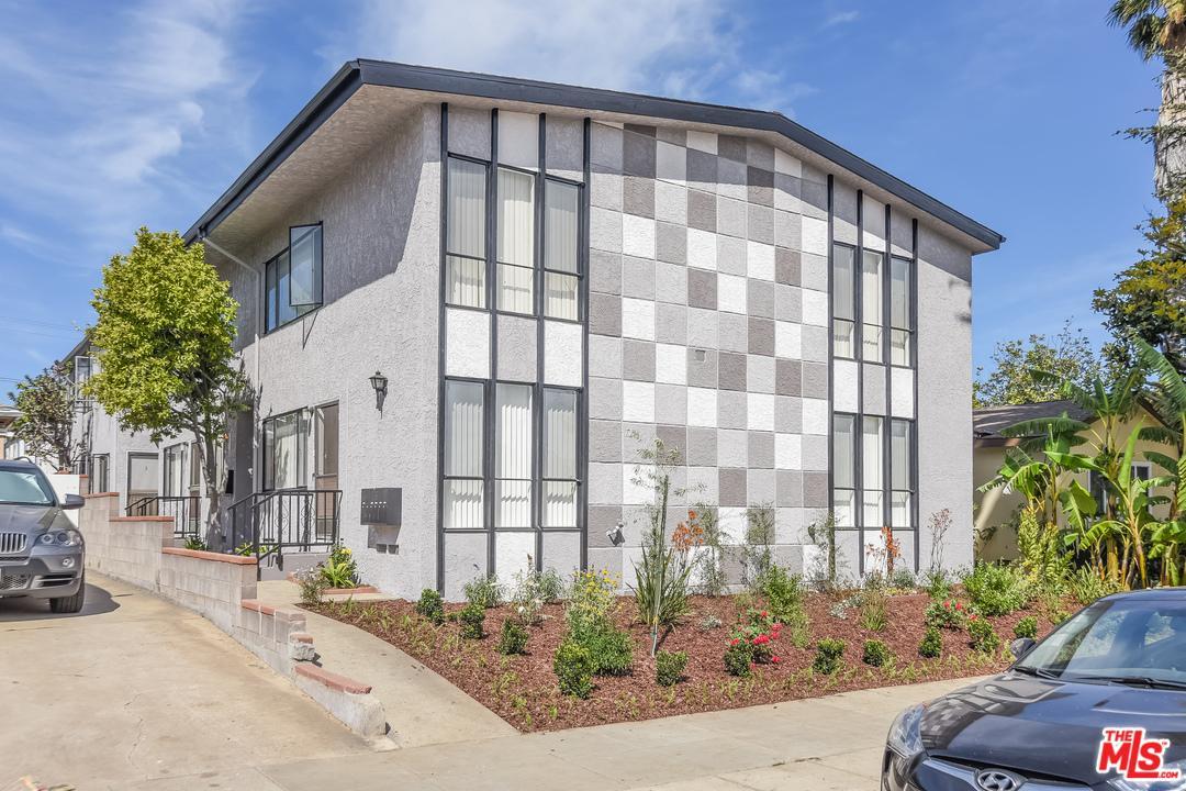 1443  Yale Street Santa Monica, CA 90404