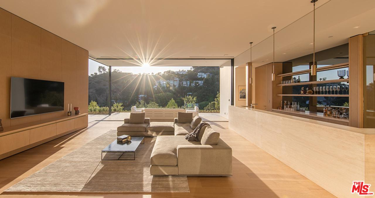 9127 THRASHER Avenue, Hollywood Hills, California 4 Bedroom as one of Homes & Land Real Estate