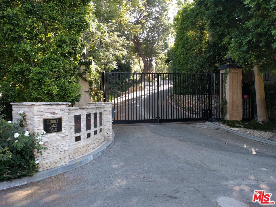 17625 Hidden Oaks Road Encino, CA 91316