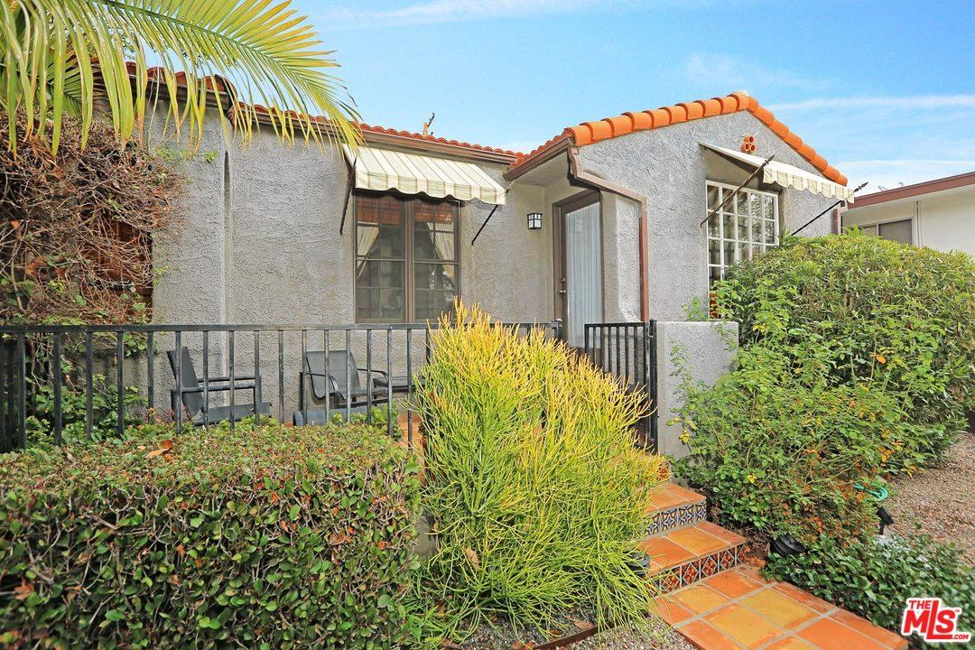 9009 Rangely Avenue West Hollywood, CA 90048