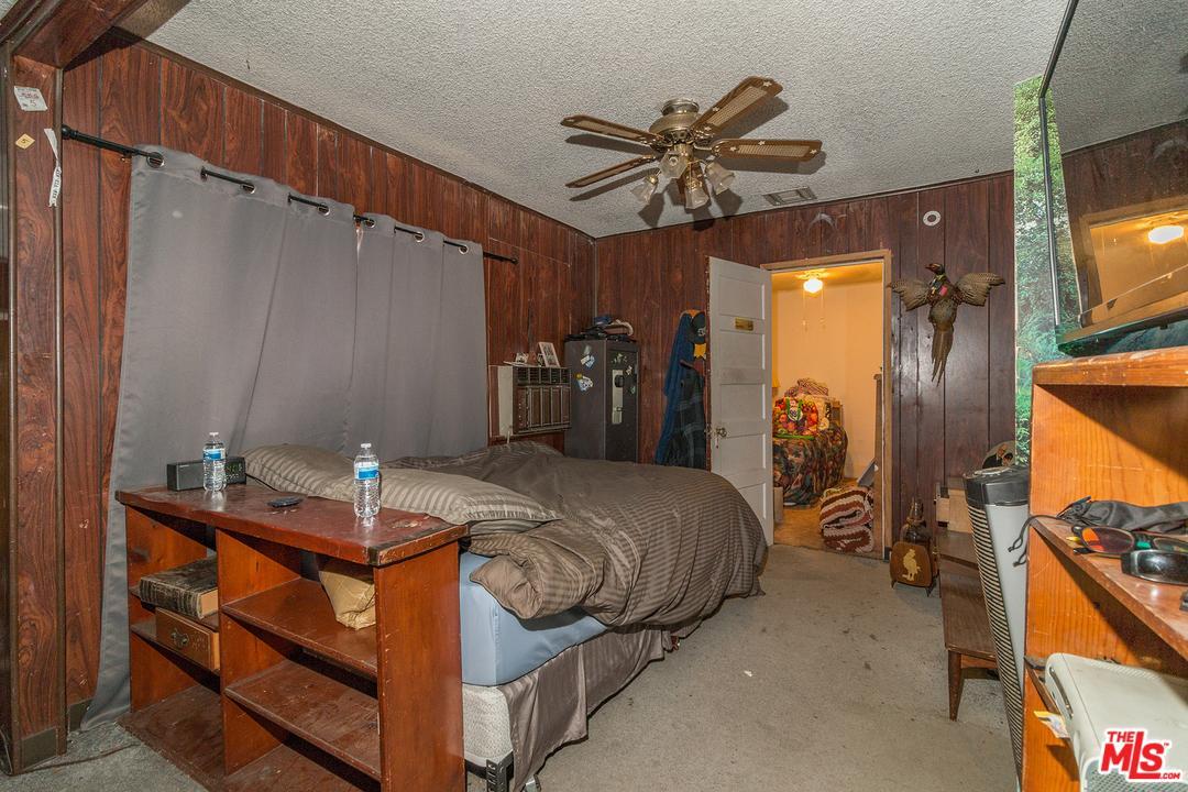 4204 LINCOLN Avenue - photo 3