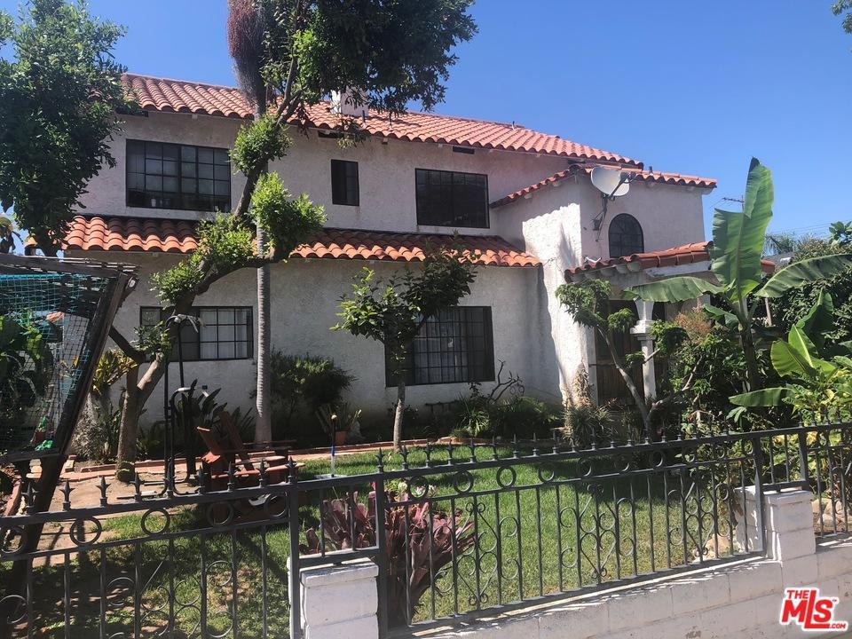 12823 Short Avenue Culver City, CA 90066