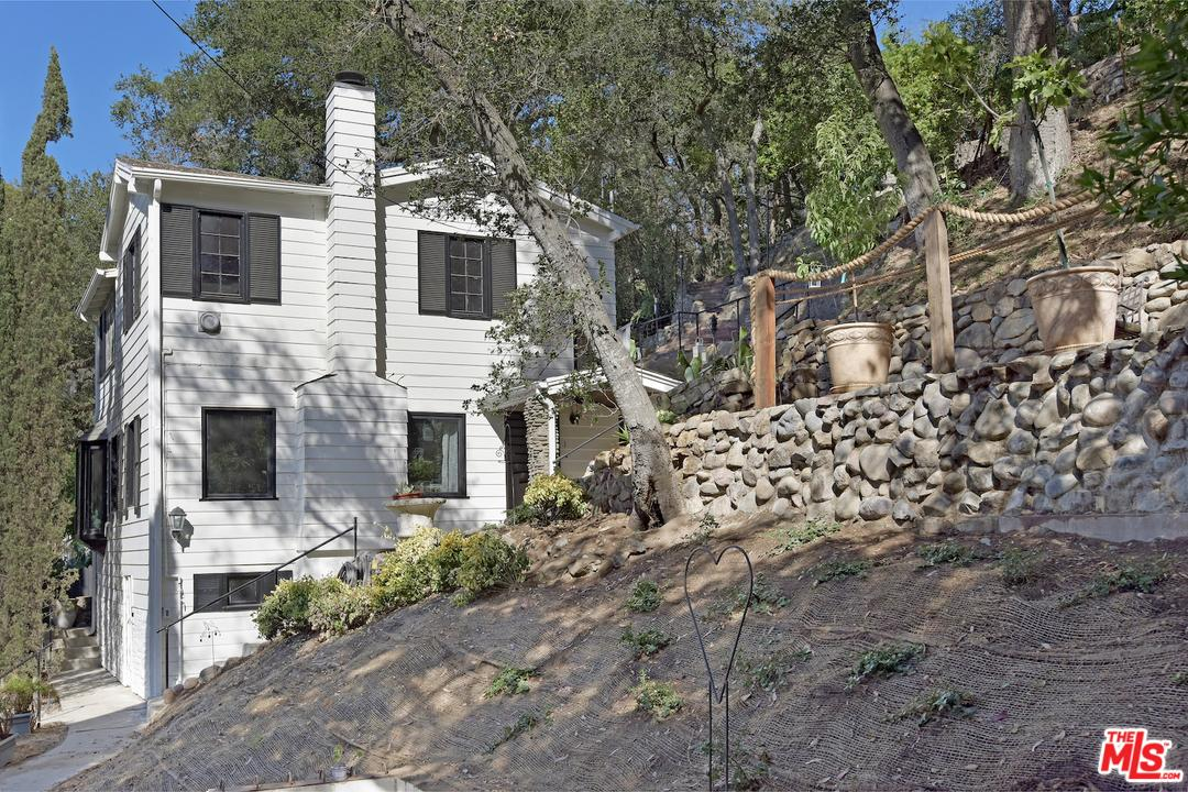 416 Short Trail Lane Topanga, CA 90290
