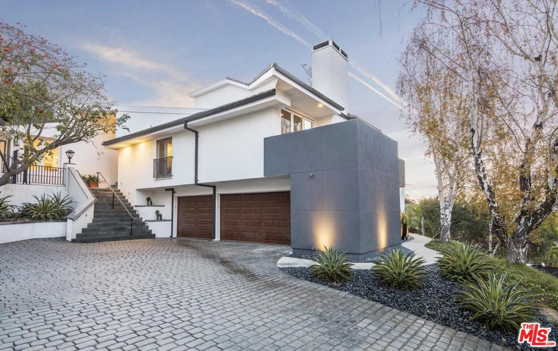 12047 SUMMIT Circle, Beverly Hills in Los Angeles County, CA 90210 Home for Sale